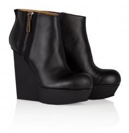 Hybria Cut In Wedge Ankle Boot