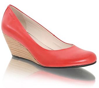 Vagabond skor med träliknande kilklack